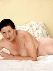 Grandma in need of sexual tending