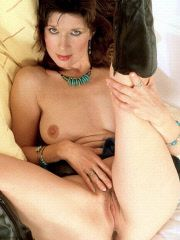 Brunette milf gets ready to fuck