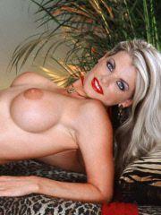 Hot blonde Vicky fucking herself raw