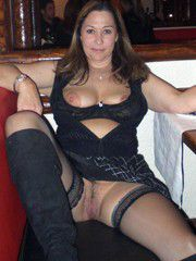 Horny mature amateurs show us their..