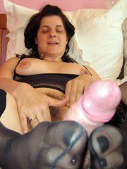 Horny old women getting sexual pleasure on this amateur..