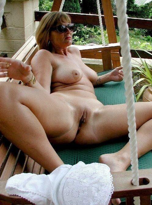 Mature granny nude public
