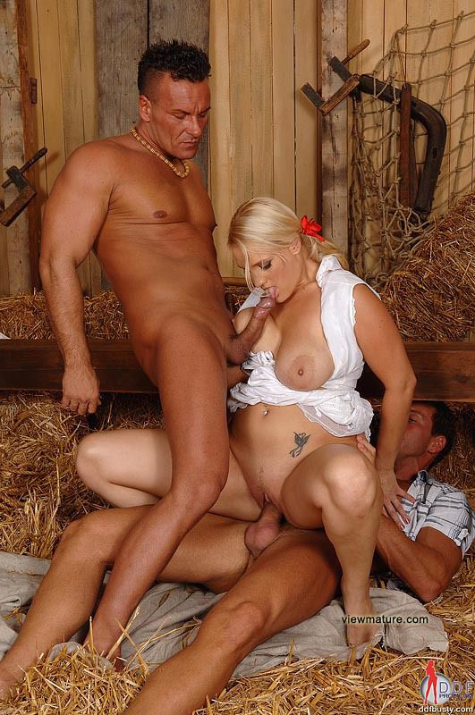cекс фото голых жон и как их трахают