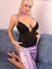 Busty Cassandra hot milf photos, nude..
