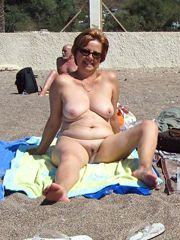 Hot naked amateur women on the beach, stolen pictures from..