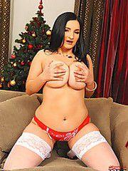Busty whore Kasandra stripping