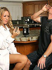 Capri Cavalli stops by her neighbors and finds Ryan alone..