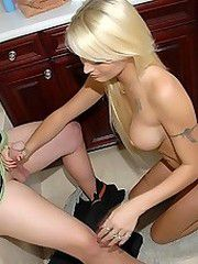 Come check out this hot milf genice get slammed by the hunter