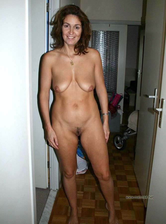 Photos nude wife