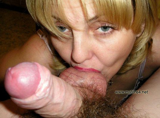 Adult oral sex close all can