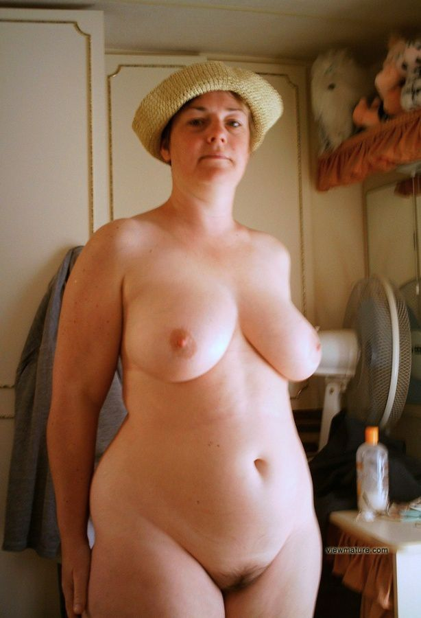 Exclusive Women Mature Nude 67