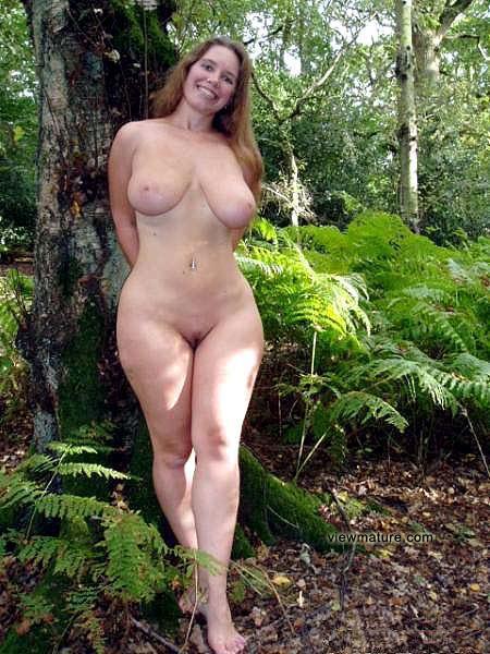 фото голые тетки в полный рост