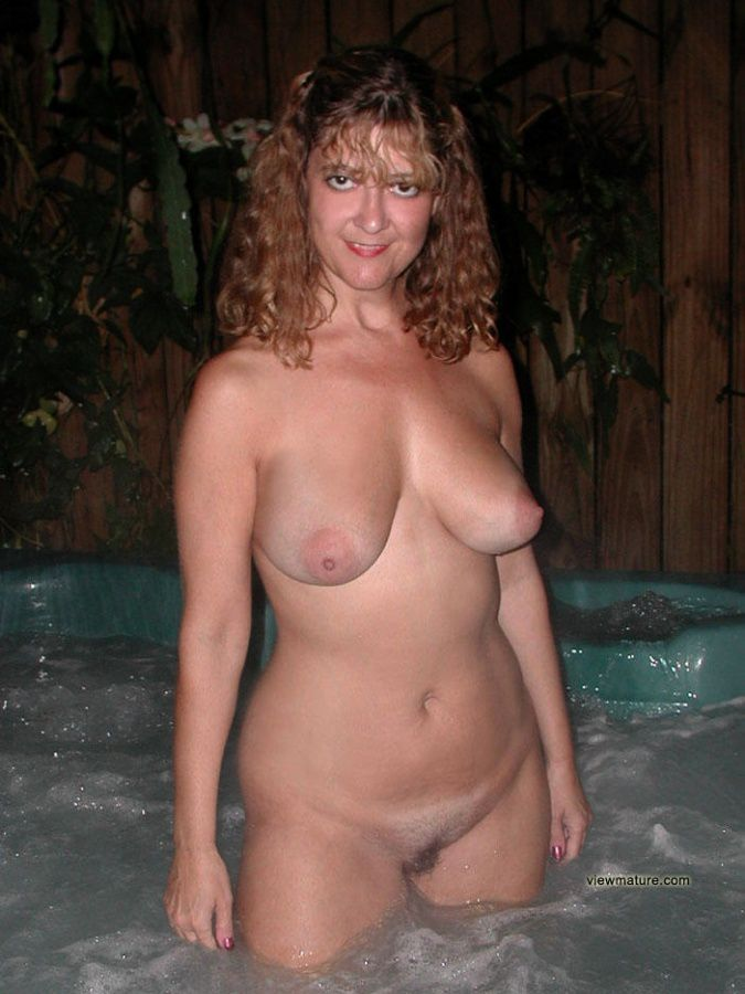 Pauline Naked And Horny