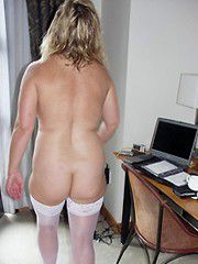 Naked moms, wives and housewives private photos
