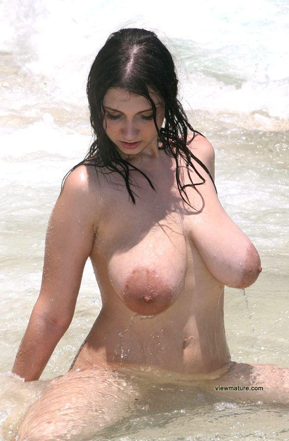 Pics areolas Category:Female nipples