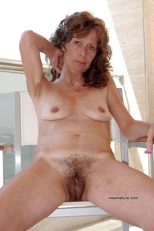 ALL OVER 30 FREE - Free Naked MILF Pictures and Movies