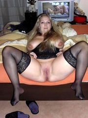 Very nice old women nude and sexy, waiting for your cock