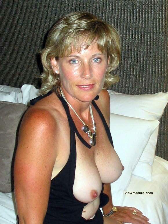 Mature Sex Clothed 38