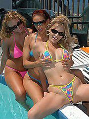 This hot trio of muff diving bikini babes are outa hand