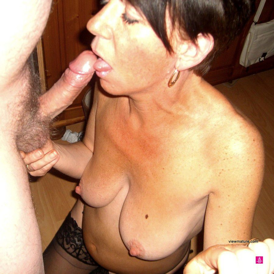 cock women sucking Homemade older