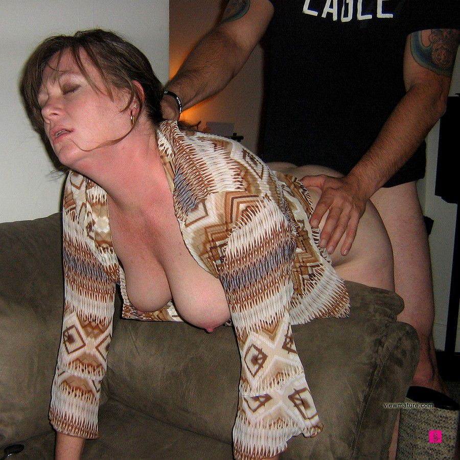mature girls nudist naked
