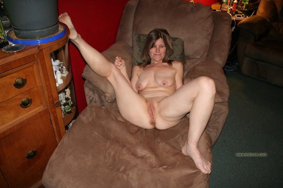 Perfect old nude bbw, amazing Old, naked girls posing nude ...