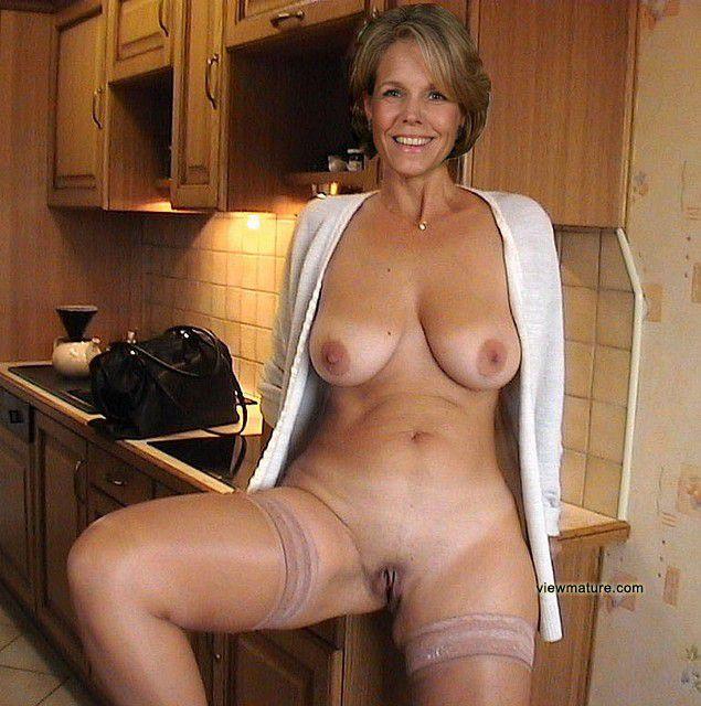 nude woman black velvet skin somalian