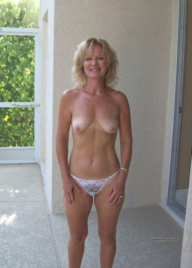 Порно зрелых дам мамки фото