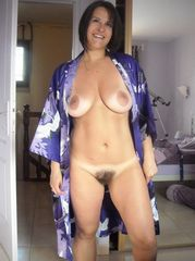 Mature, exhibitionist exclusive photos...