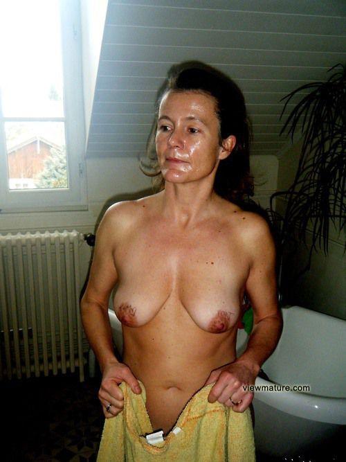 Seoul horny slut wife while physical