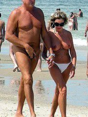 Perfect hi-res pictures of real mature couples on the beach
