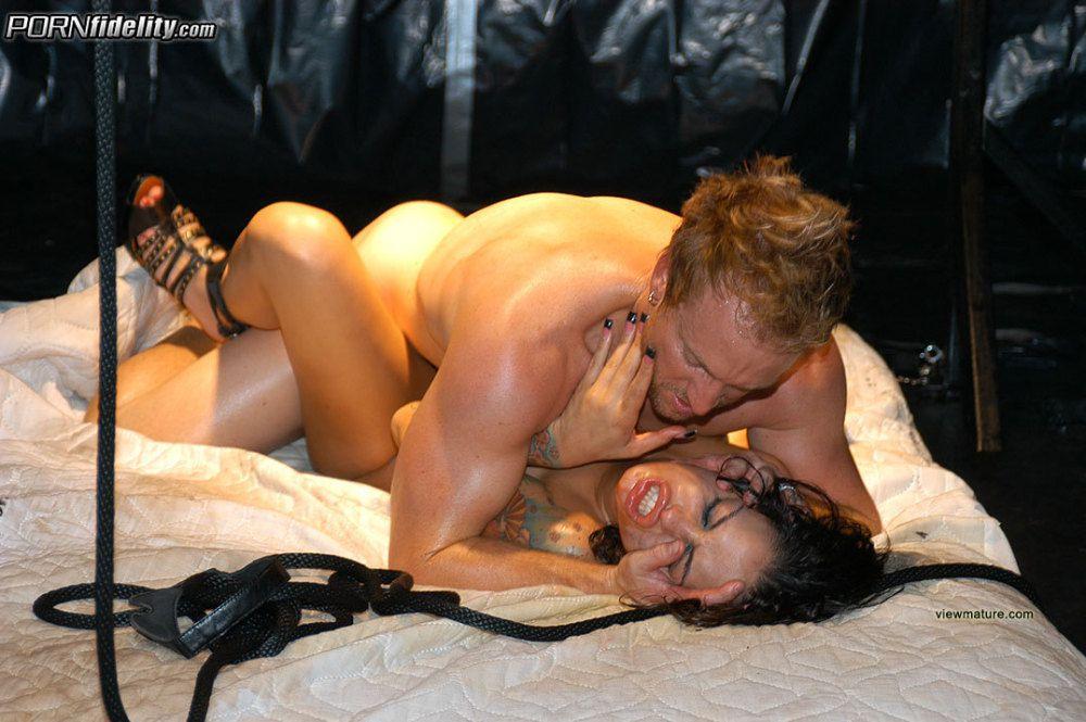 Angelina valentine punished in shower
