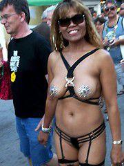 Stolen photos from nude sex festival, amateur girls exposing