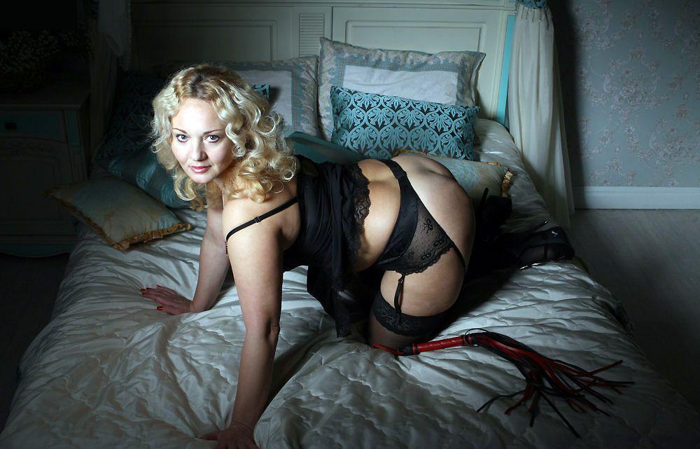 Site of private erotic photo albums