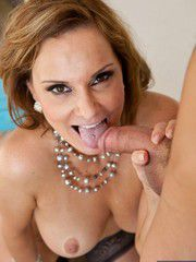 Mature Woman Rebecca Bardoux Seducing A Younger St..