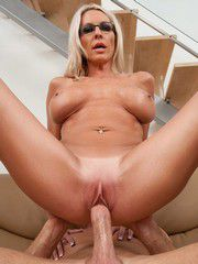 Gorgeous Blond Woman Emma Starr Cum..