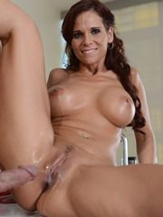 Sexy MILF Syren Never Let Go Of Johnny