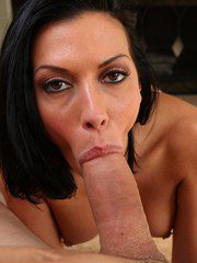 Gorgeous Mature Bimbo Rachel Starr Flaunting And B..