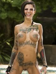 Bonnie Rotten Get Her Muffin Licked
