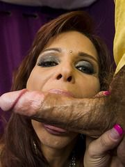 MILF Psychic Syren Got Her Ass Needs Fulfilled