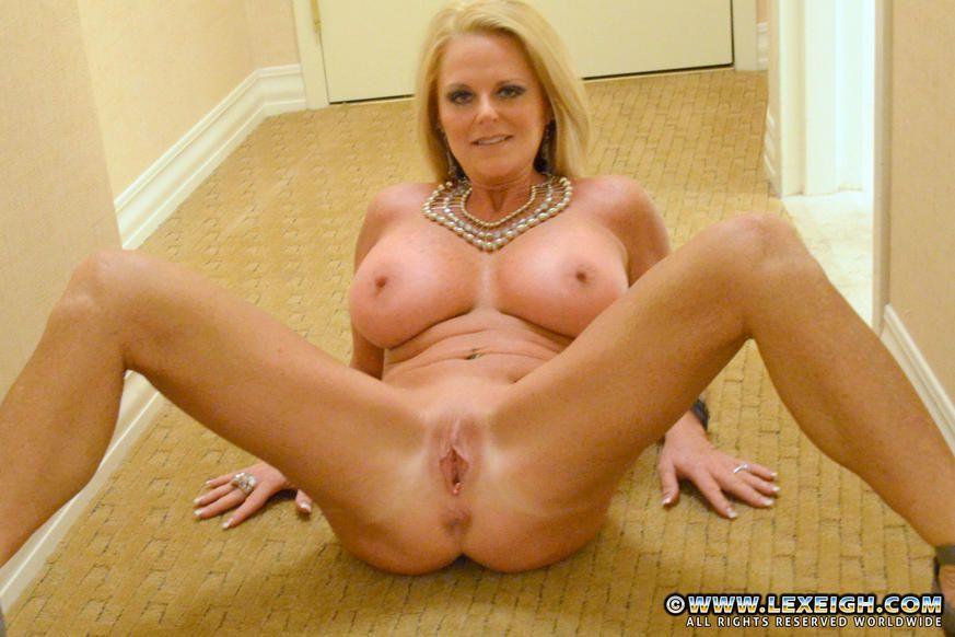 Nude gallery milf movie