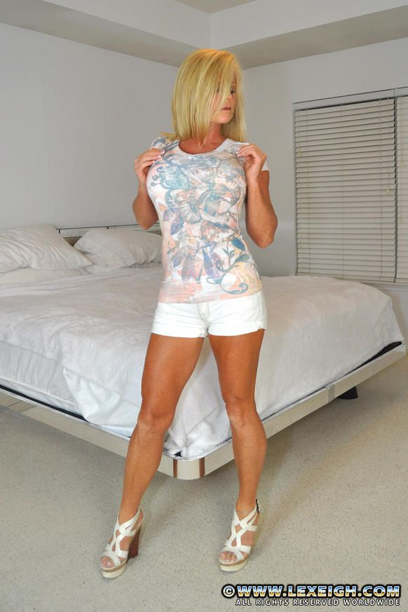 MILF Lexiegh Strip And Get Jizzed. Picture #1.