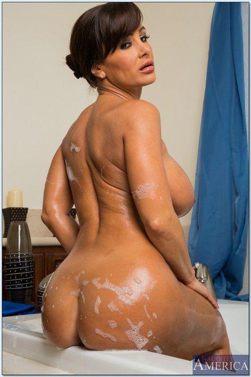 лиза энн голая фото