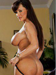 Horny MILF Lisa Ann Nailed Hard From Behind
