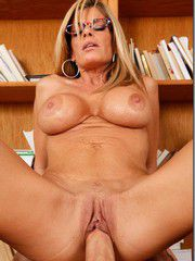 Hot MILF Babe Seducing In The Library