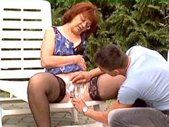 Mature shaving old pussy naked and fucking outdoor