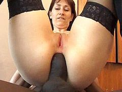 Mature mom in black stocking analfucking hard at home