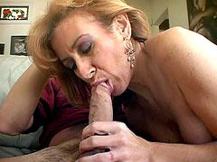 Hairy mature wife babe wild fucked and gets pussy cum