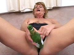 Old mature whore spreads shaved pussy