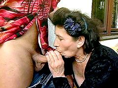 Brunette granny jerking and riding cock for hot crempie